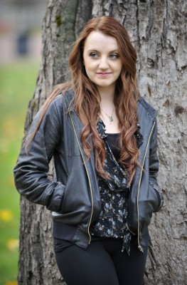 evanna_lynch_red_hair9