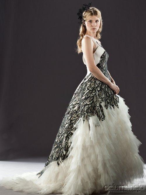 Флёр Уизли :) в платье