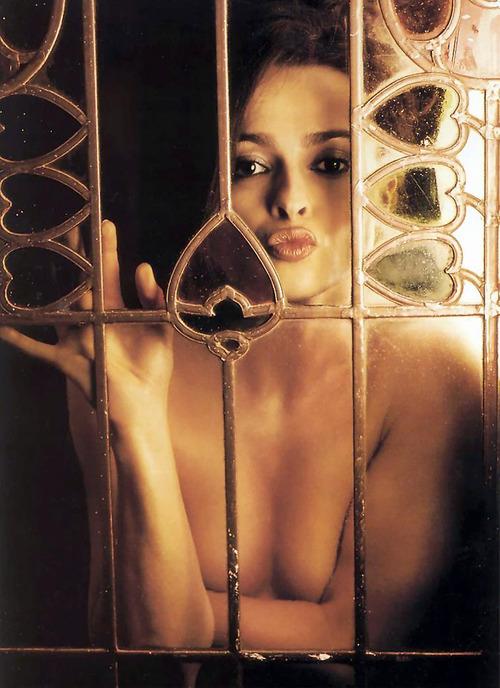 Правильно эро фото хелены русской бане интим