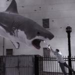 Дэниэл Рэдклифф хочет красиво погибнуть от зуб акулы